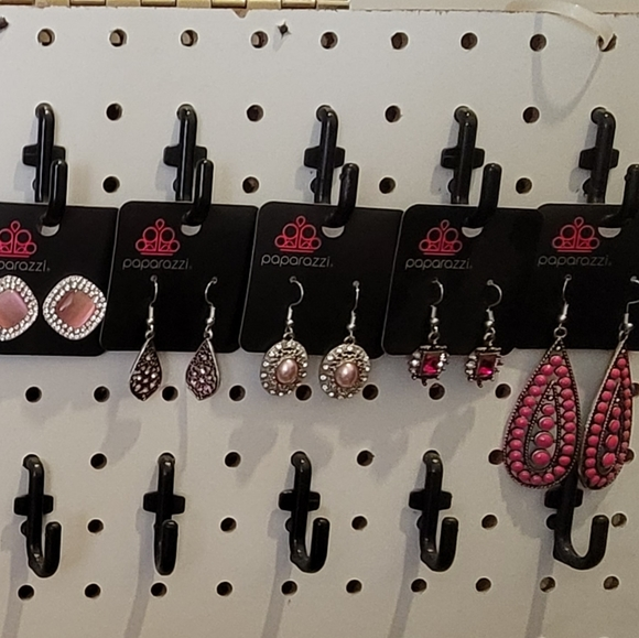 Womens various pink colored earrings(11)